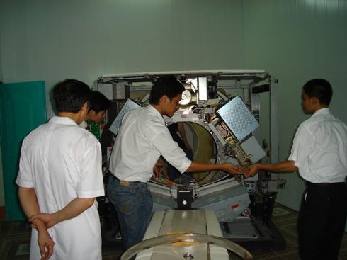 máy y tế